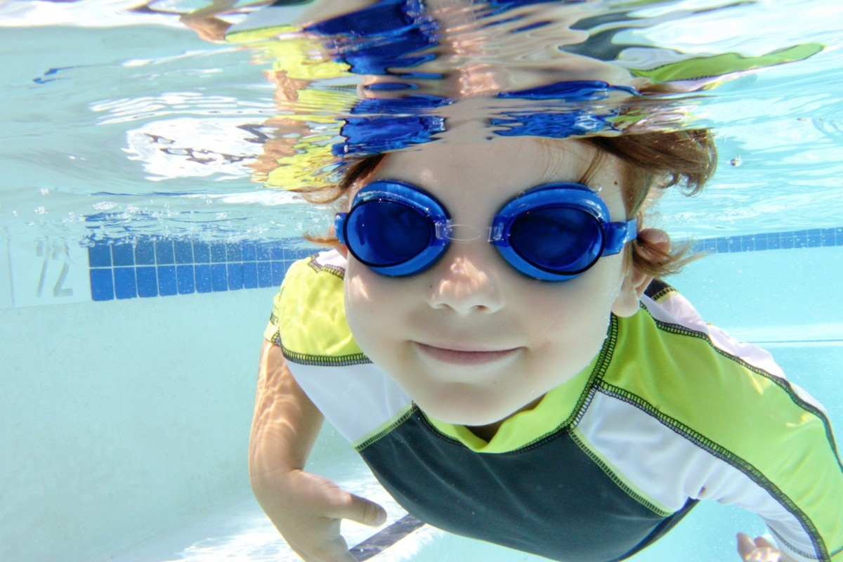 Free 39 come and try 39 swimming lessons aquamoves indoor and outdoor pools fitness facilities for Can swimming pools cause ear infections