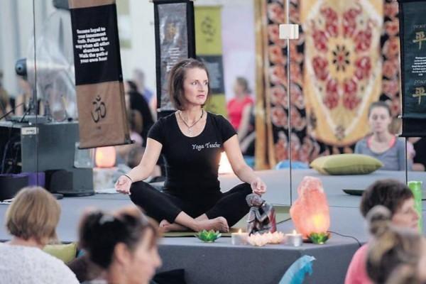 Jen Yoga 2